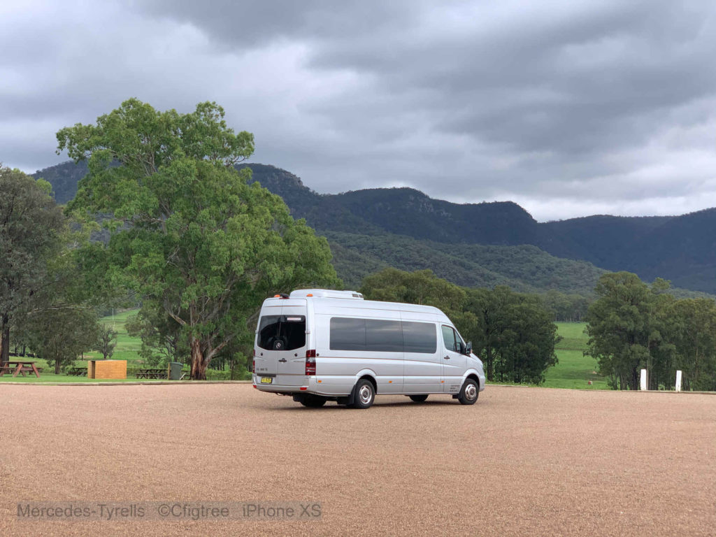 Sprinter at Tyrells Wines with Broke Mountains behind